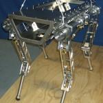 De viervoetige HyQ robot