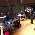 """Een presentatie over robots tijdens de bijeenkomst """"Trust me, I'm a Robot"""" in de Waag Society in Amsterdam."""