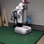 De PR2 robot Graspy schept poep op