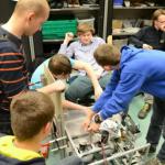 Leerlingen bouwen robot